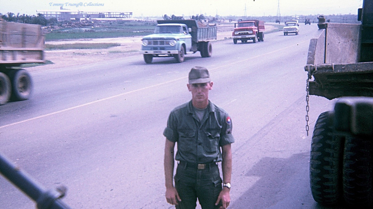 Xa lộ Biên Hòa năm 1966-1967 | Photo by Tom Jackson