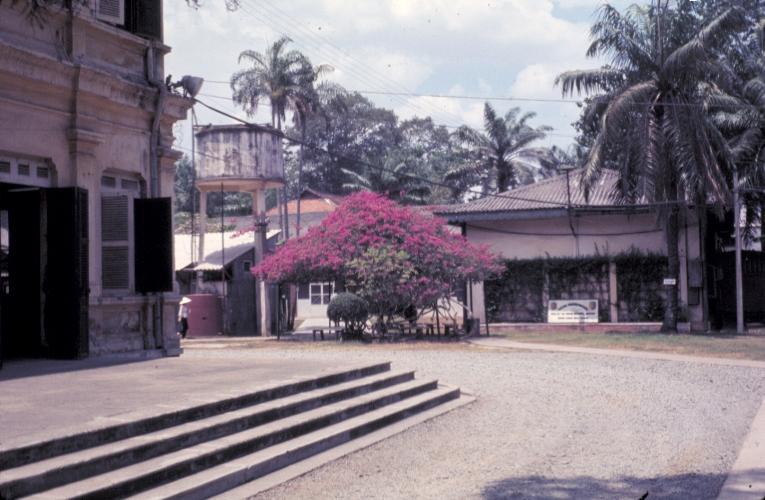 Khuôn viên bên trong Base at Tân An năm 1969 | Photo by Craig Ailles
