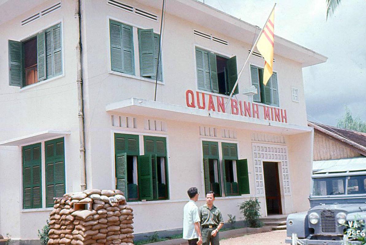 Văn phòng quận trưởng Bình Minh
