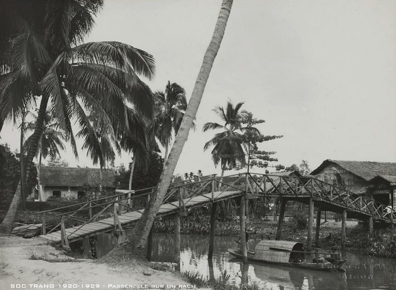 Cây cầu bắt qua con rạch thập niên 1920s