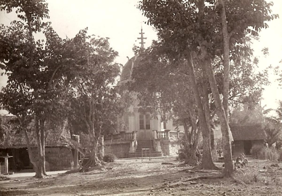 Hình ảnh ở Vĩnh Long năm 1967 - 1970 | Photo by Jennings Gallery