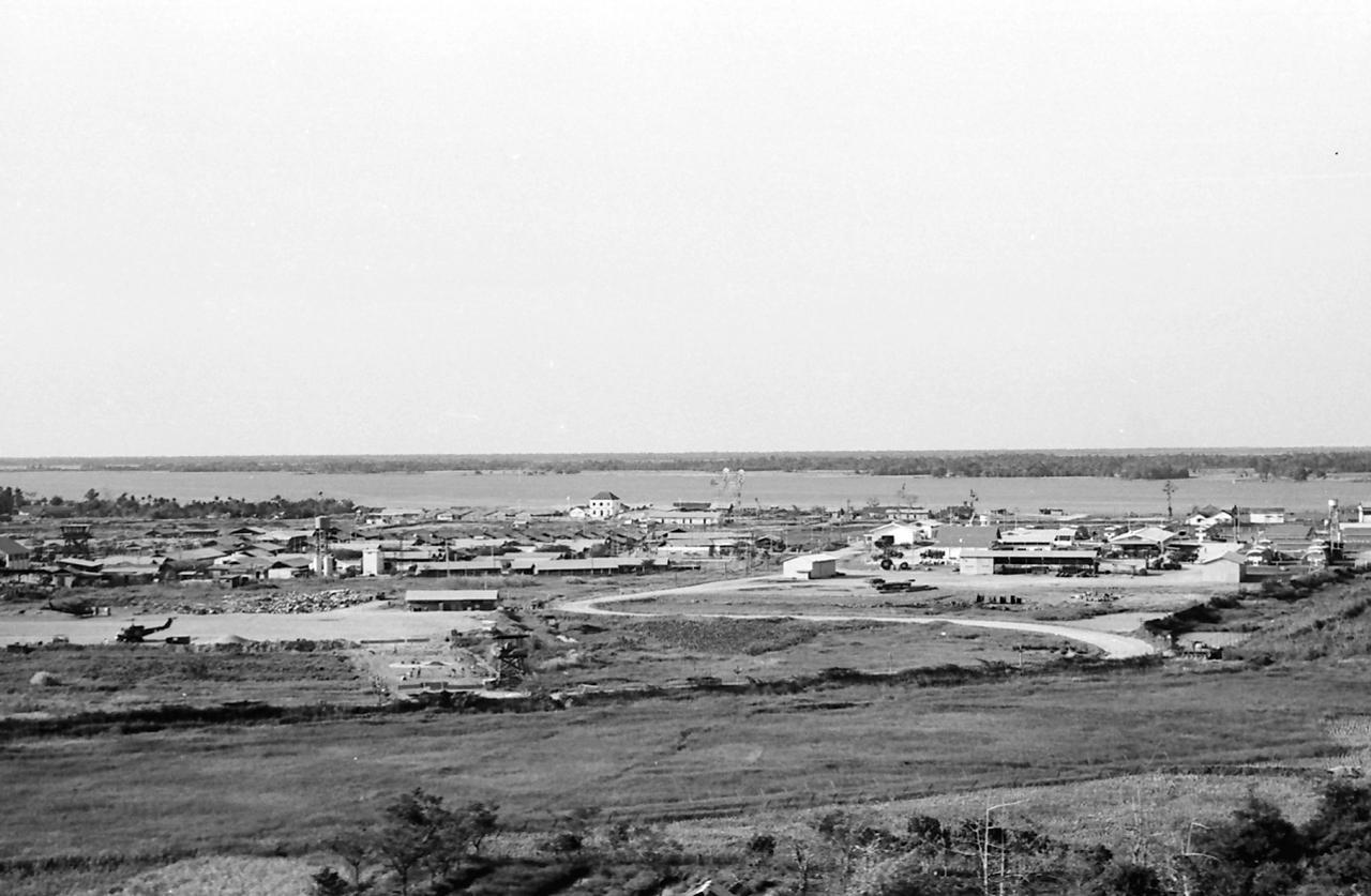 Hình ảnh Vĩnh Long năm 1966 - 1967 | Photo by R Mahoney