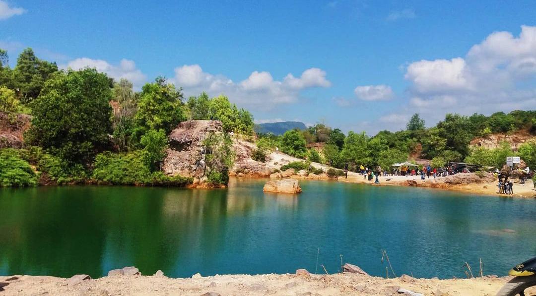 Quang cảnh hồ Tà Pạ