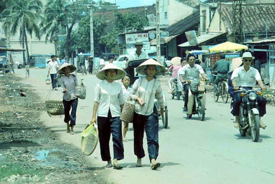 Dạo qua đường phố Mỹ Tho năm 1969