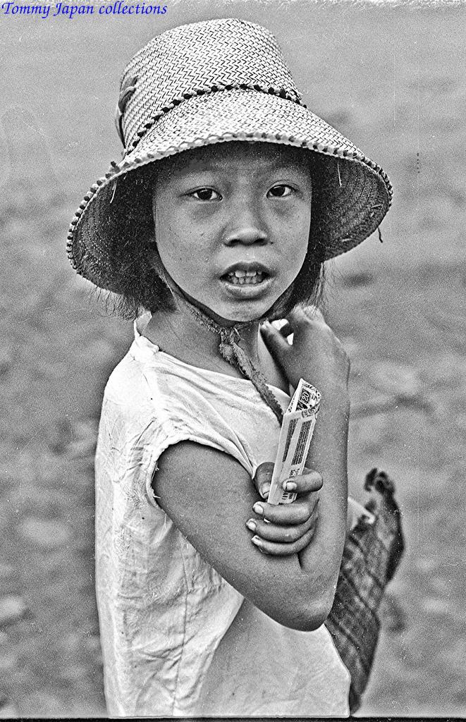 Chân dung 1 cô bé bán vé số ở Mỹ Tho xưa