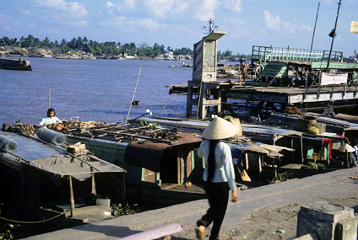 Bến tàu xưa tại bến Ninh Kiều