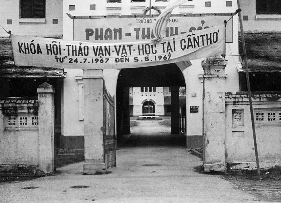 Trường Trung học Phan Thanh Giản Cần THơ năm 1967 | Sau này đổi thành trường THPT Châu Văn Liêm