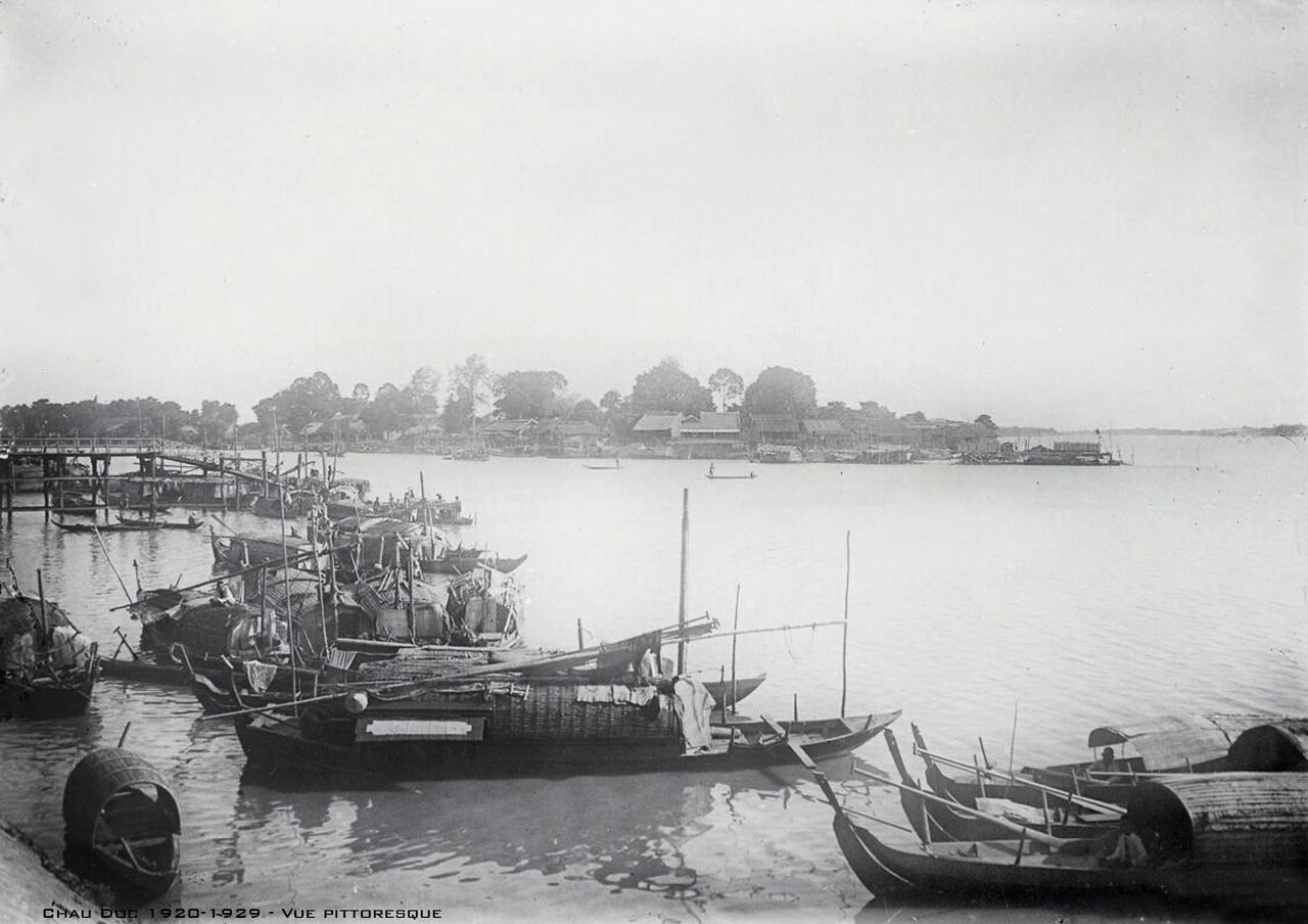 Cảnh sông ở Châu Đốc thập niên 1920s