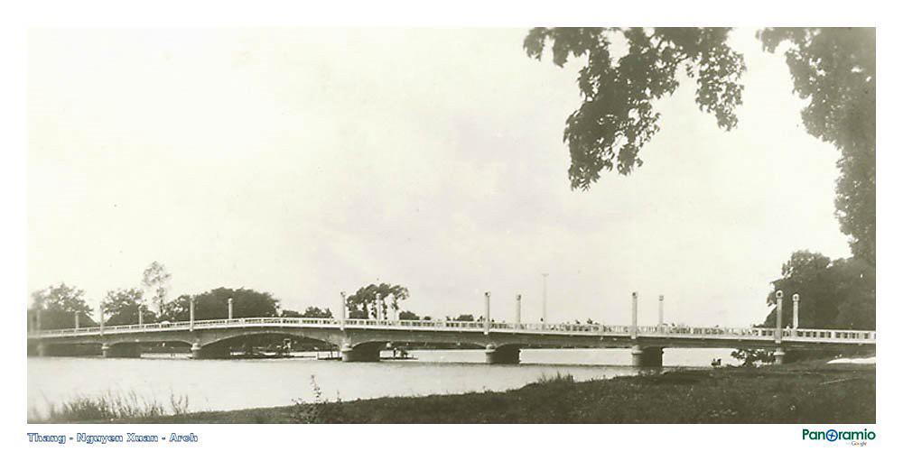 Cầu Henry Bridge Long Xuyên 1921-1935   Nay là cầu Hoàng Diệu