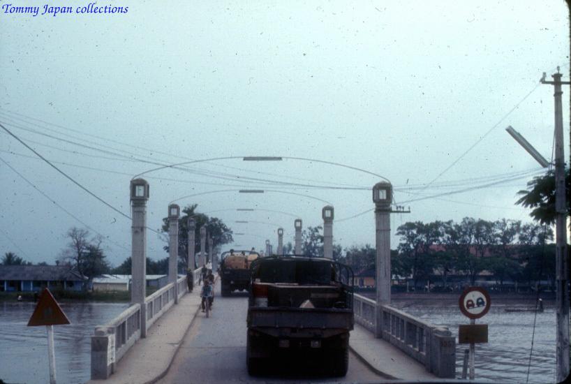 Cầu Hoàng Diệu Long Xuyên 1965   Photo by Robert D