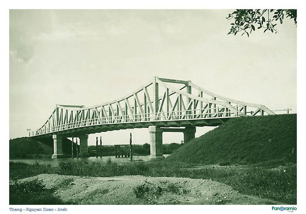 Cầu vào Long Xuyên 1920-1935 (Nay là cầu Cái Sắn gần phà V Cống, hướng Lộ tẻ lên Long Xuyên) ở Quốc lộ 91