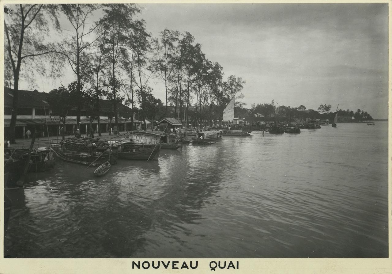 Đoạn đường ven sông mang tên Lê Văn Duyệt nối liền với bến Ninh Kiều | Trước là bến Lê Lợi