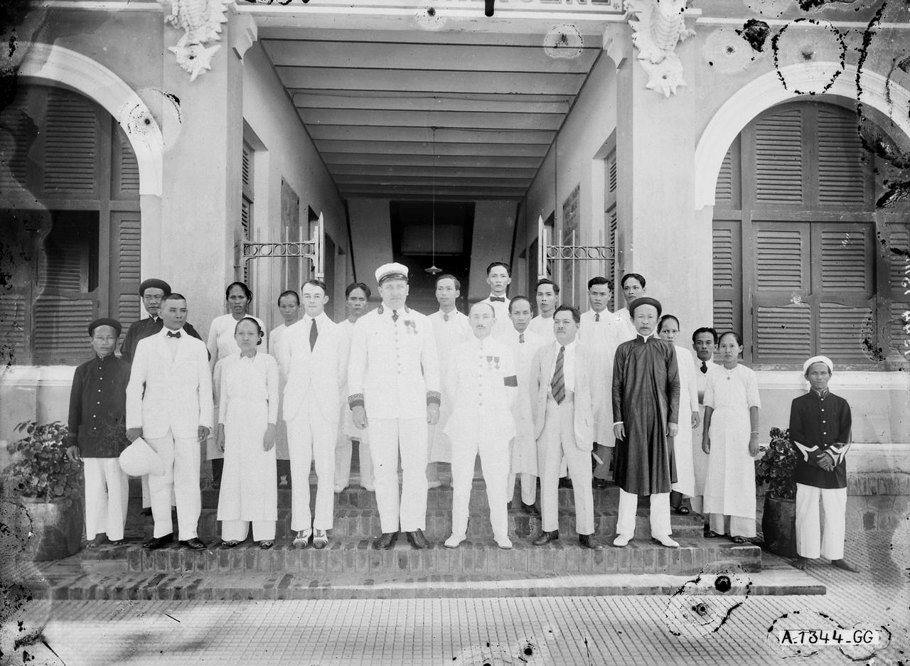 Nhân viên Bệnh viện Châu Đốc thập niên 1920s