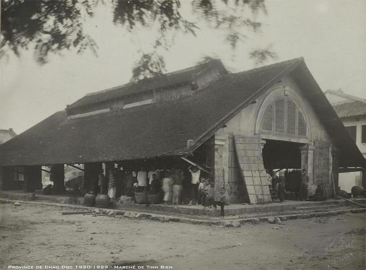 Chợ Tịnh Biên - Tỉnh Châu Đốc thập niên 1920s