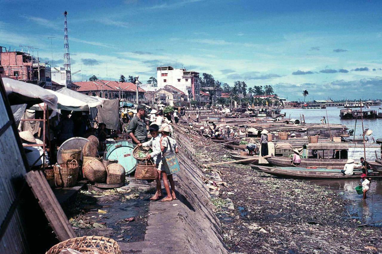 Toàn cảnh bến Ninh Kiều Cần Thơ năm 1968