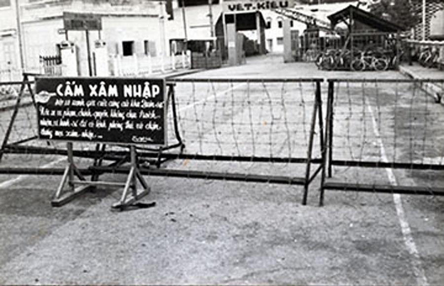 Trại Yết Kiêu của Hải Quân ở đầu đường tại bến Ninh Kiều