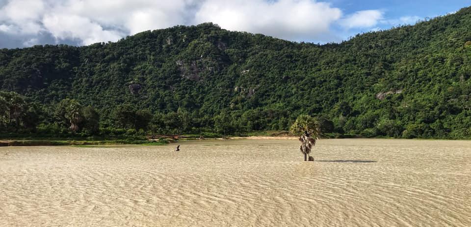 Hồ Ô Thum mùa khô