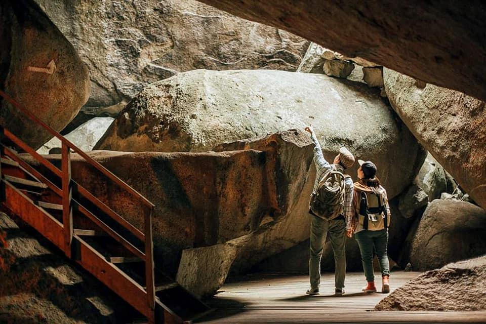 Khám phá hang động khu du lịch đồi Tức Dụp Tri Tôn An Giang