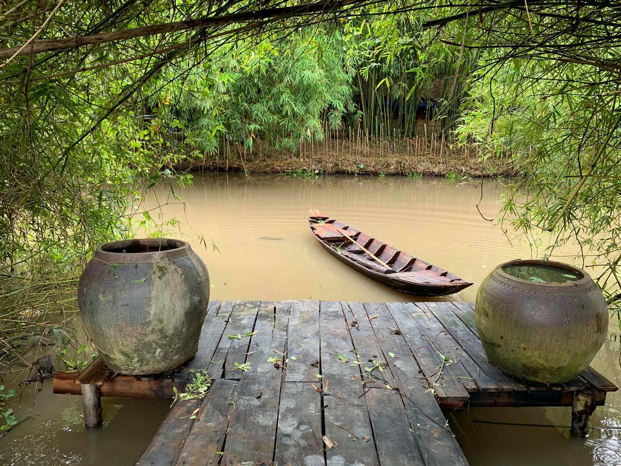 Khung cảnh êm đềm làng quê miền Tây ở khu sinh thái