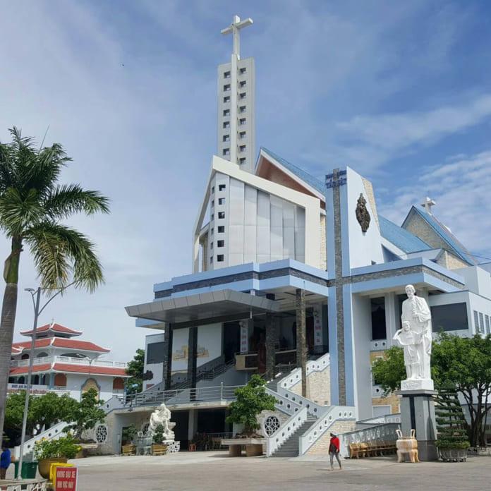 Nhà thờ Tắc Sậy Cha Diệp