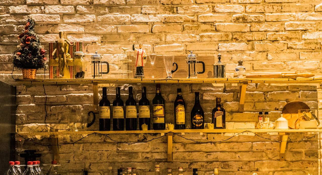 Tủ rượu vang ở Ma Famille