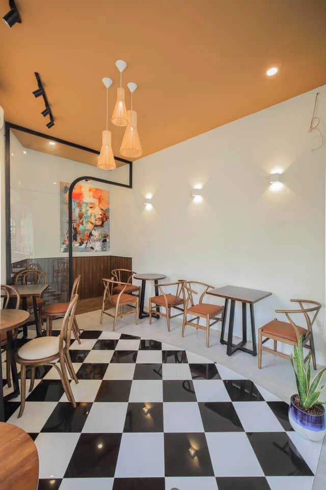 Không gian quán cà phê Lily Cần Thơ