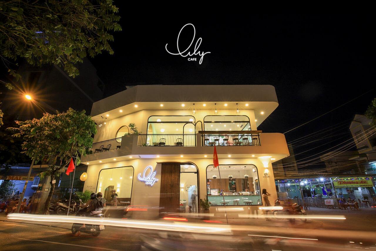 Lily cafe Cần Thơ vào buổi tối