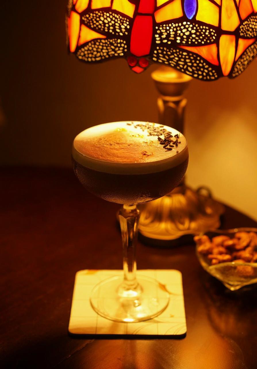 Ly cocktail hấp dẫn ở quán cocktail Chò Nâu Cần Thơ