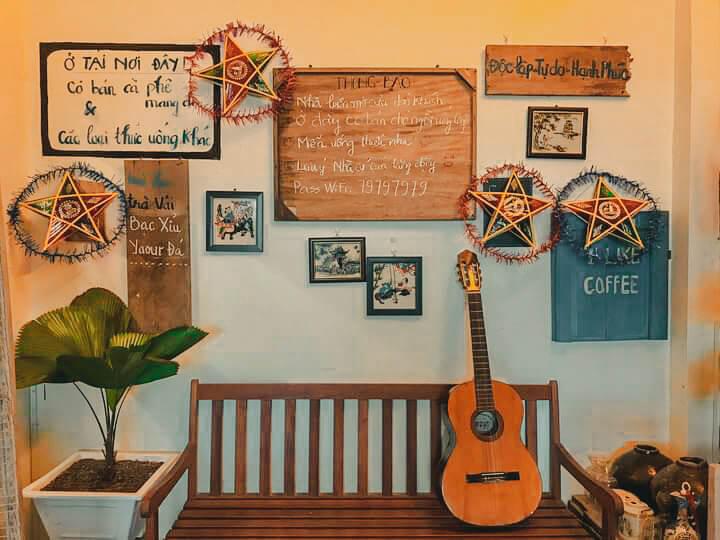 Trang trí những nét xưa ở quán cà phê Sing Cần Thơ