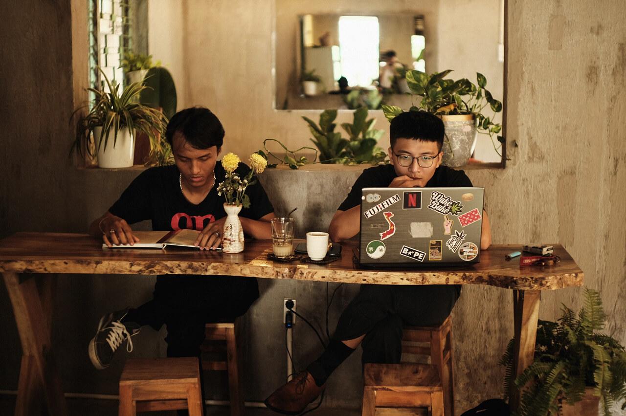 Nhiều người lựa chọn Raw Coffee Cần Thơ để làm việc và học tập
