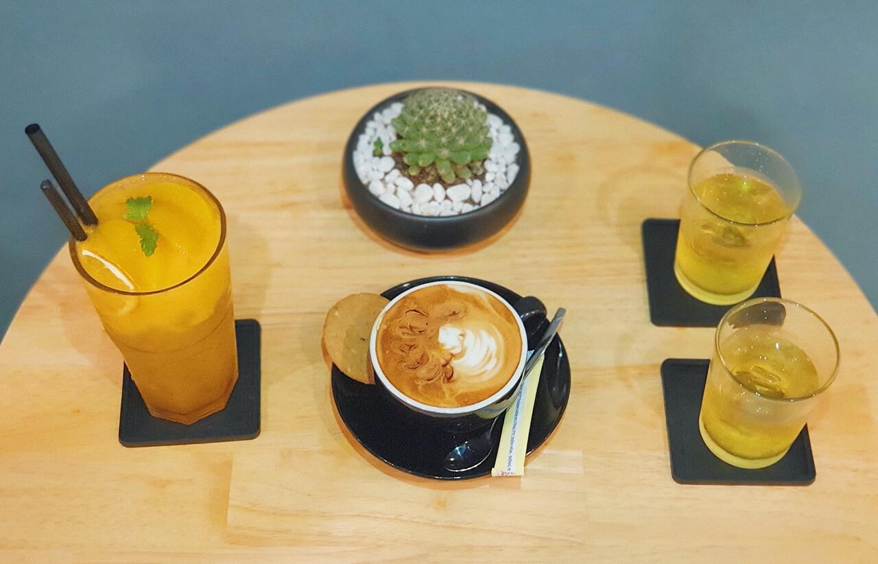 Nước uống ở Gani Coffee House Cần Thơ