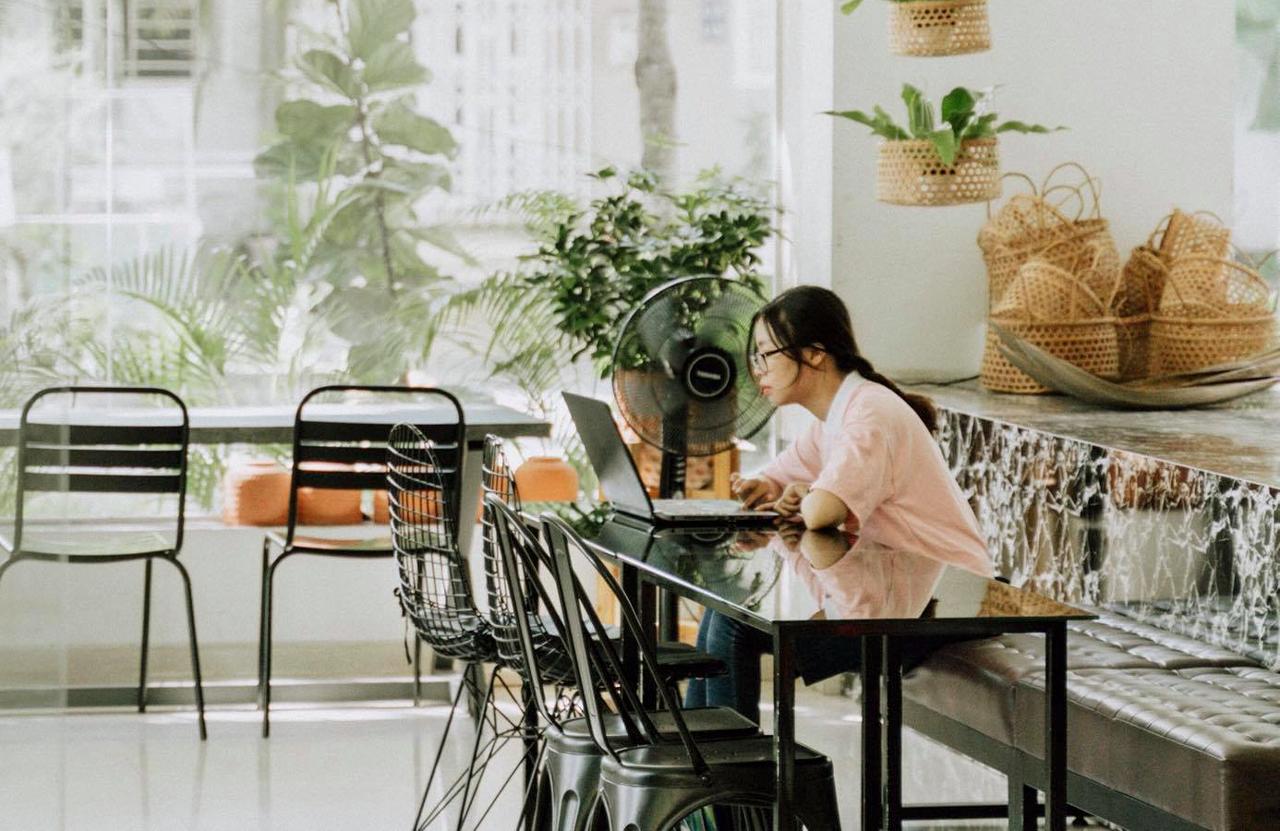 Believe Coffee Shop Cần Thơ có không gian khá tốt dành cho người làm viêc